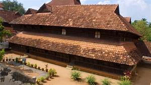 Padmanabhapuram Palace - a magnificent 16th century palace
