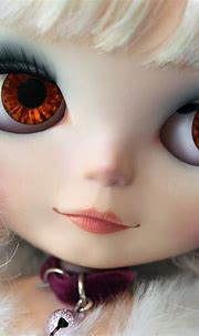 kitten lips and tiger eyes | Lost in thought. | Mary | Flickr