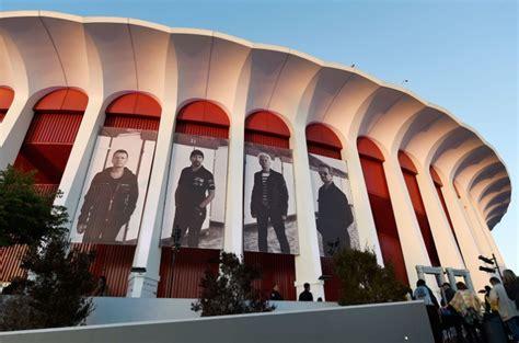 foto de Forum Sale to Clippers Owner Shifts Live Entertainment's