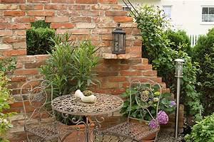 Sitzplätze Im Garten : sitzpl tze romantisch google suche garten pinterest ruinenmauer mediterrane h user und ~ Eleganceandgraceweddings.com Haus und Dekorationen