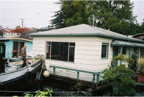 Houseboats Utilities by Can You Move A Floating Home Seattle Afloat