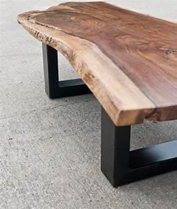 Couchtisch Modern Holz : die besten 25 massivholz couchtisch ideen auf pinterest wohnzimmertische holz couchtische ~ Sanjose-hotels-ca.com Haus und Dekorationen