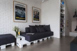 Diy Livingroom Diy Pallet Furniture Ideas Living Room White Paint Side Table Black Cushions