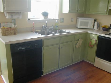 sprucing up kitchen cabinets need opinions on sprucing up kitchen suggestions home 5666