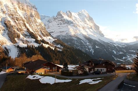 grindelwald village  bernese alps thousand wonders
