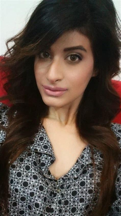 Gorgeous Indian Girl Smoking Hot Nude Selfies Indian