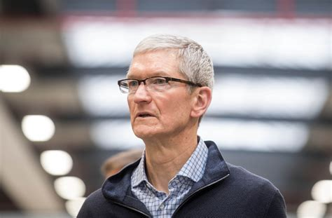 Apple CEO Tim Cook on Trump's immigration order: If we don ...