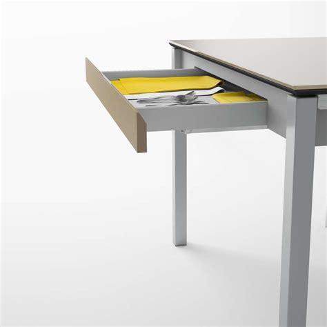 table cuisine en verre table de cuisine en verre extensible avec tiroir camel