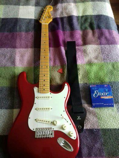 red  white sx vintage series custom handmade guitar
