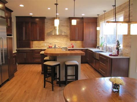 """Transitional Kitchen with the """"Wow Factor""""   Contemporary"""