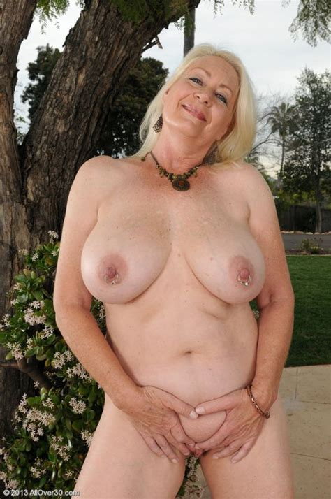 Angelique Dubois Big Boobed Grandma Reveals Her Shaved Pussy