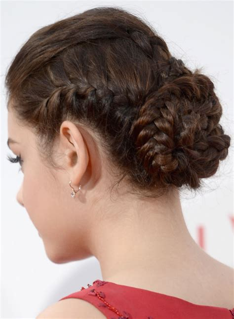 50 simple bridal hairstyles for curly hair