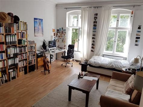 Großes Zimmer Einrichten by Dieses Gro 223 E Wg Zimmer Ist Sehr Lebhaft Und Bunt