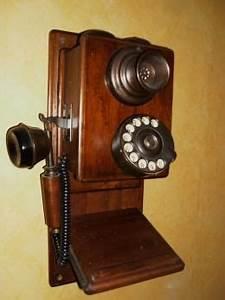 Telephone Mural Vintage : 17 meilleures id es propos de ancien t l phone sur pinterest t l phone d 39 poque objets ~ Teatrodelosmanantiales.com Idées de Décoration