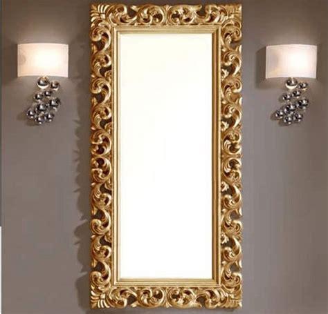 chambre en gris et blanc astuce pour dorer un encadrement de miroir astuces bricolage