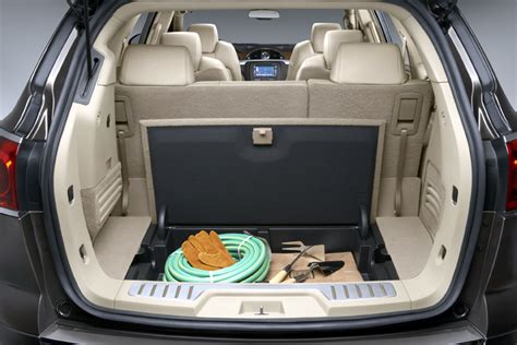 Suv With Captain Chairs 2012 by Which Three Row Suvs Offer Second Row Captains Chairs