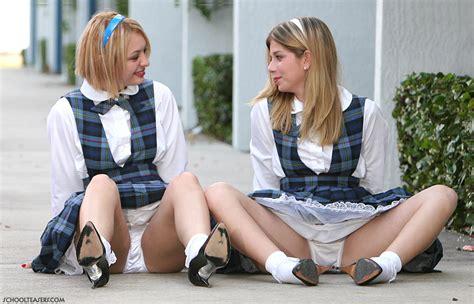 School Teasers International Feetlinks