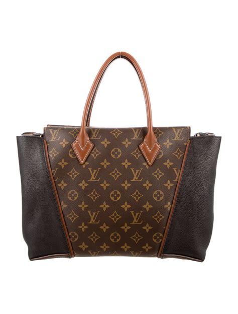 louis vuitton  pm tote handbags lou  realreal