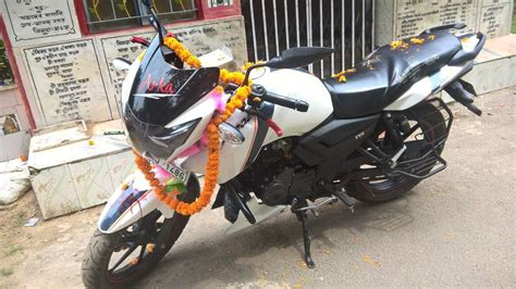 The new apace rtr 160cc has racing stripes along the length of the bike to make it look more sporty. Used Tvs Apache Rtr 160 Bike in Hooghly 2016 model, India at Best Price, ID 28036