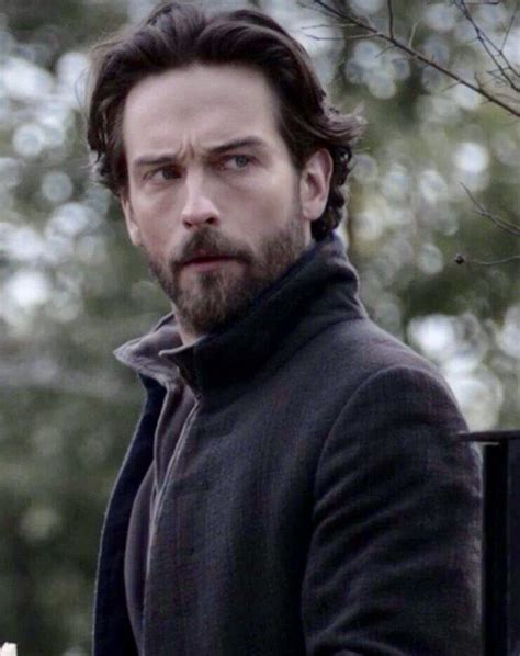 Side eye | Tom mison, Sleepy hollow, Movie stars
