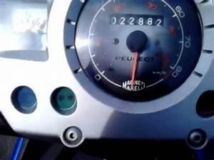 Debrider Un Scooter : vitesse max d 39 un scooter 50cc d brider a plus de 90 km h en descente youtube ~ Medecine-chirurgie-esthetiques.com Avis de Voitures