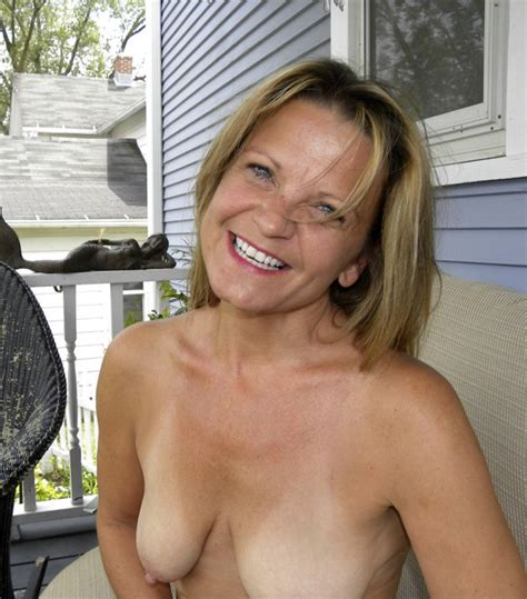 1iuqp1343831436  In Gallery Hot American Milf Gilf