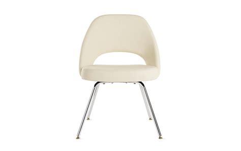 saarinen executive side chair with metal legs design