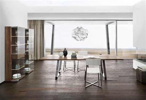 Tisch 4 Stühle by Esszimmer Speisezimmer Tisch Und St 195 188 Hle Vitrinen Und