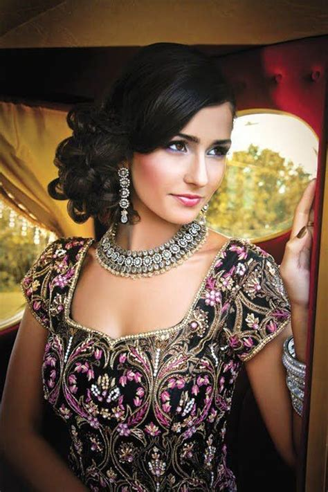 indian wedding hairstyles 16 glamorous indian wedding hairstyles pretty designs
