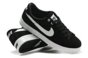 Men Nike Blazer Shoes