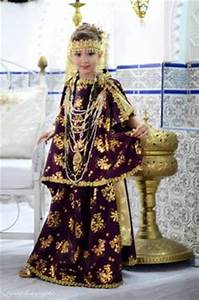 1000 images about our algerian traditional clothes on for Vente robe chaoui