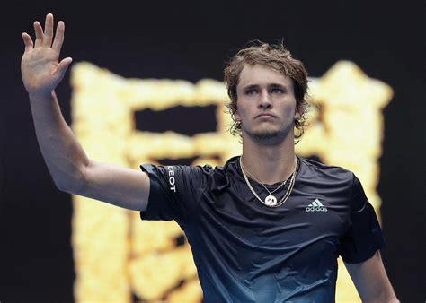 Alexander zverev defeats matteo berrettini in three sets to win his second mutua madrid open title. Zverev nach Weckruf bei Australian Open weiter - Maria ...