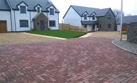 permeable driveway options guide to choosing a driveway homebuilding renovating