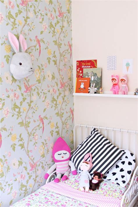 25 best ideas about papier peint chambre enfant on