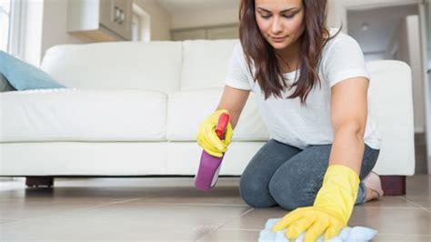 Bett Nicht Machen Hilft Gegen Hausstaubmilben by Hausmittel Gegen Milben Was Hilft Wirklich