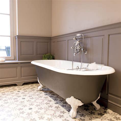 vasca da bagno con i piedi vasca da bagno con piedi con stanza da bagno classica con
