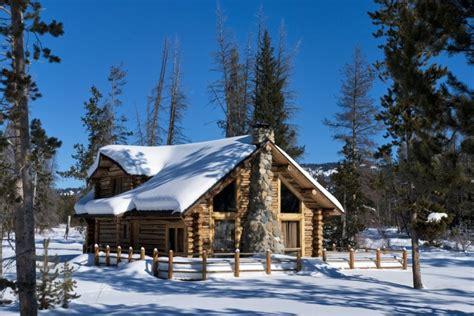 log cabin designs   holiday homes   snow