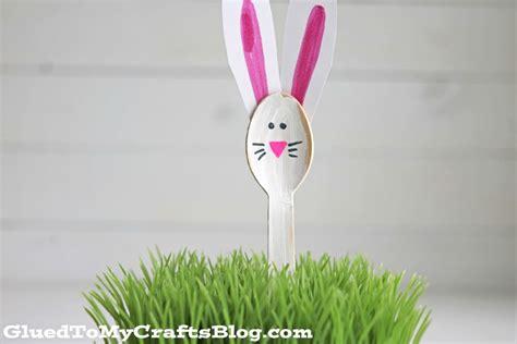 adorable wooden spoon bunnies kid craft