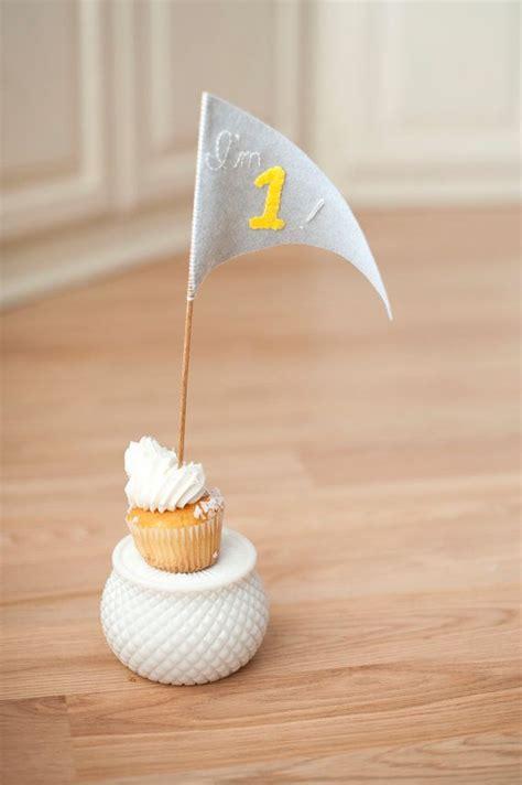 babys  cake topper grey  yellow  betawife