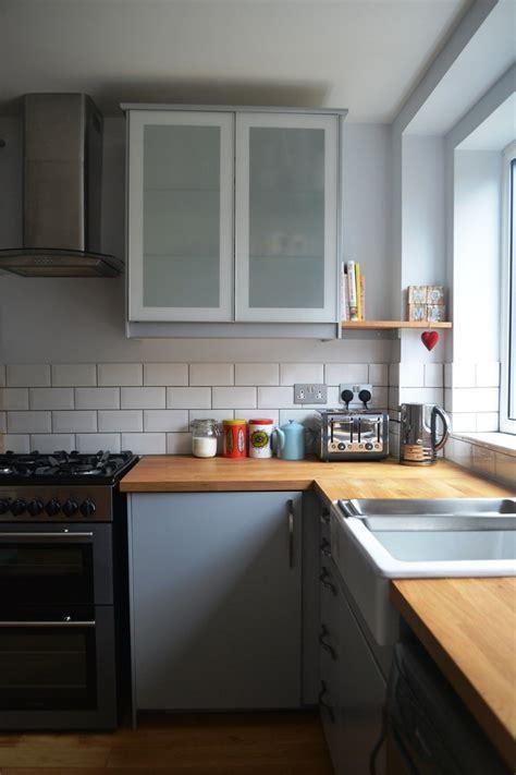 cuisine et cuisine gris et bois en 50 modèles variés pour tous les goûts