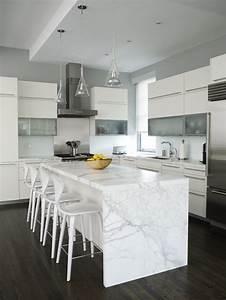dosseret et plan de travail marbre pour la cuisine 80 idees With plan de travail mural cuisine