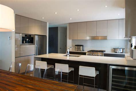 armoire de cuisine stratifi m 233 lamine acrylique stratifi 233 laqu 233 bois quels