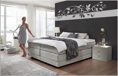 Schlafzimmer Farblich Schlafzimmer Wände Farbig Gestalten