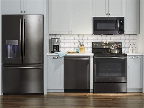 White Cupboards With Stainless Steel Appliances by Dreaming Of A New Kitchen With Ge Black Stainless Steel