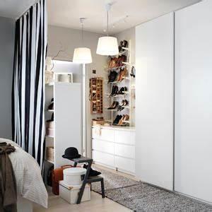 Begehbarer Kleiderschrank Kleines Schlafzimmer : begehbarer kleiderschrank ideen 780 bilder ~ Michelbontemps.com Haus und Dekorationen