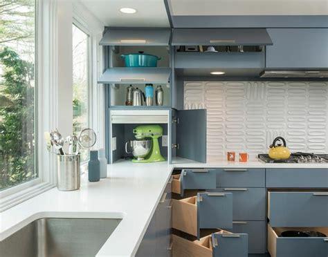 rangement d angle cuisine créer sa cuisine fonctionnelle avec ces astuces rangement