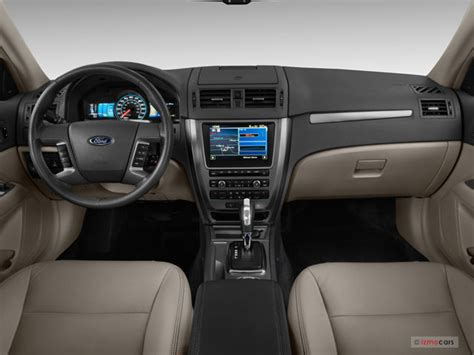 2011 Ford Fusion Hybrid Pictures