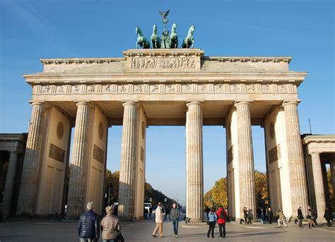 porta berlino berlin tour de ville la porte de brandebourg le
