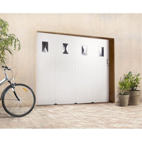 porte de garage sectionnelle castorama porte de garage coulissante avec hublot primo h 200 x l 240 cm leroy merlin