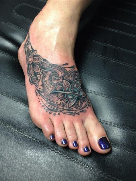 tatuaje gemelo unas ideas  cambiar nuestra imagen